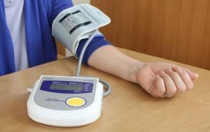 家庭で血圧測定